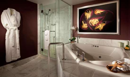 mgm-grand-hotel-rooms-tower-spa-suite-bathroom-tub-@2x.jpg.image.550.325.high