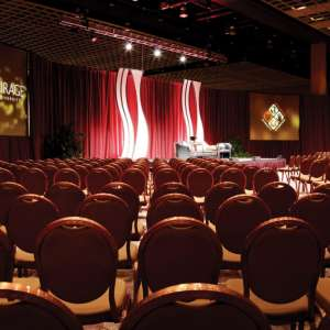 mgm-grand-meetings-meeting-architecture-interior-theater-setup-@2x.jpg.image.300.300.high